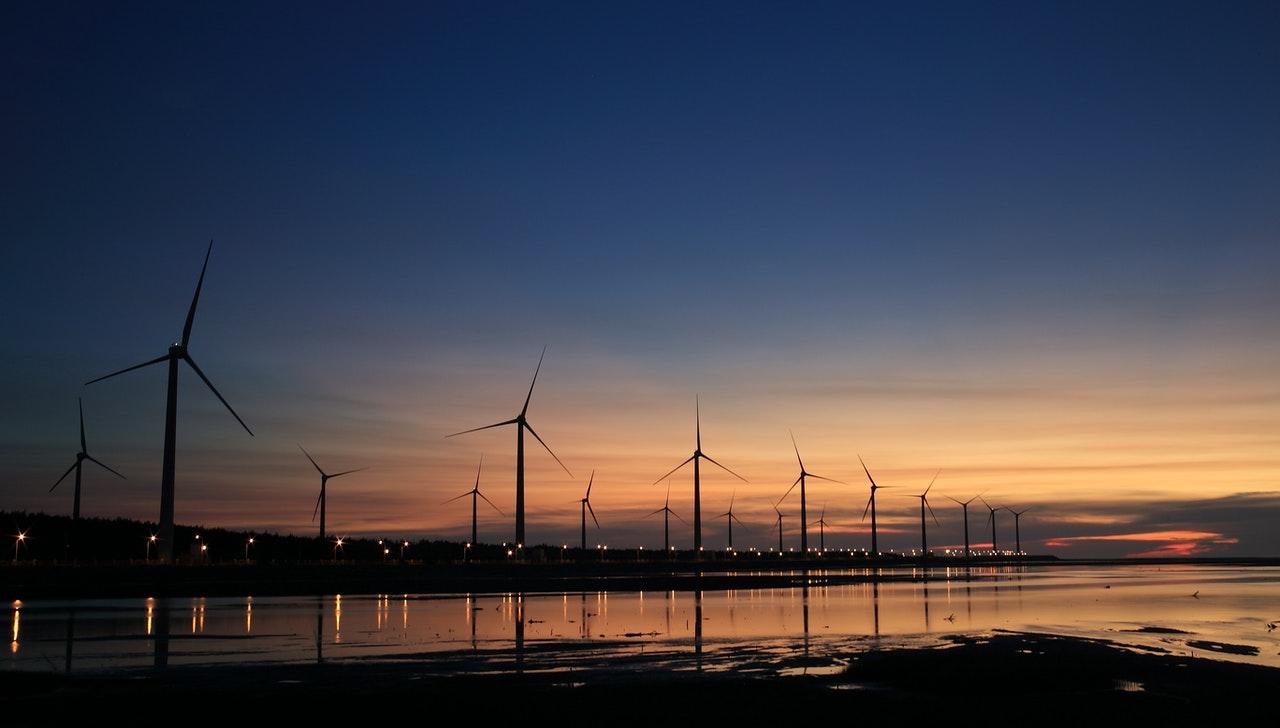 Secteur matières premières et énergie, pourquoi choisir un ERP adapté ?